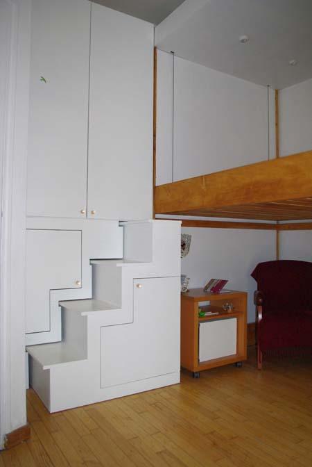 rangement autour du lit cool europen de maison des ides autour tete de lit avec rangement with. Black Bedroom Furniture Sets. Home Design Ideas